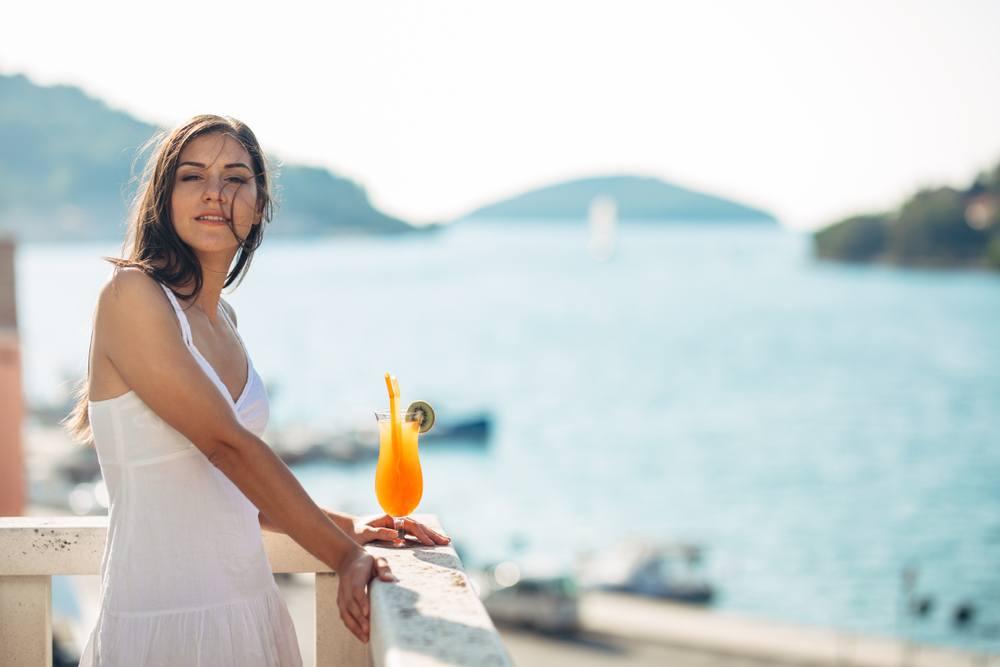 Die 3 besten Online-Reiseanbieter für Singles - CHIP